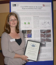 Dr Dickinson with her award