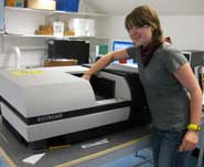 Kelly Richards using the SkyScan CT-scanner in the Department of Archaeology