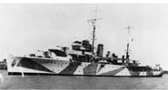 Grimsby class sloop HMAS Yarra painted with dazzle camouflage