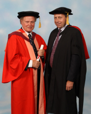 Professor Sir Nicholas Wright receives his honorary degree from Professor Peter Mathieson, Dean of Medicine and Dentistry
