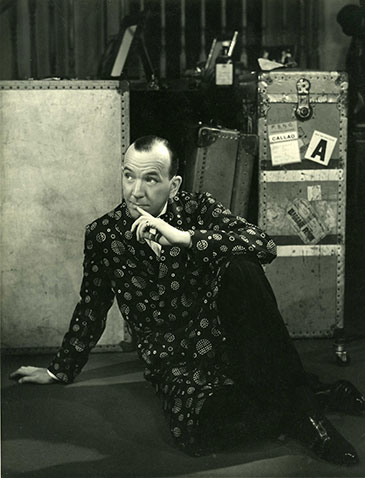 Noël Coward as Garry Essendine in Present Laughter; Photograph by Angus McBean; © Harvard Theatre Collection, Harvard University