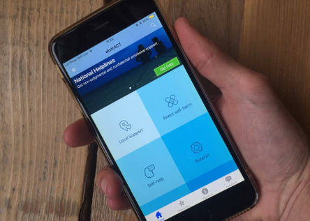 Image of the DistrACT app